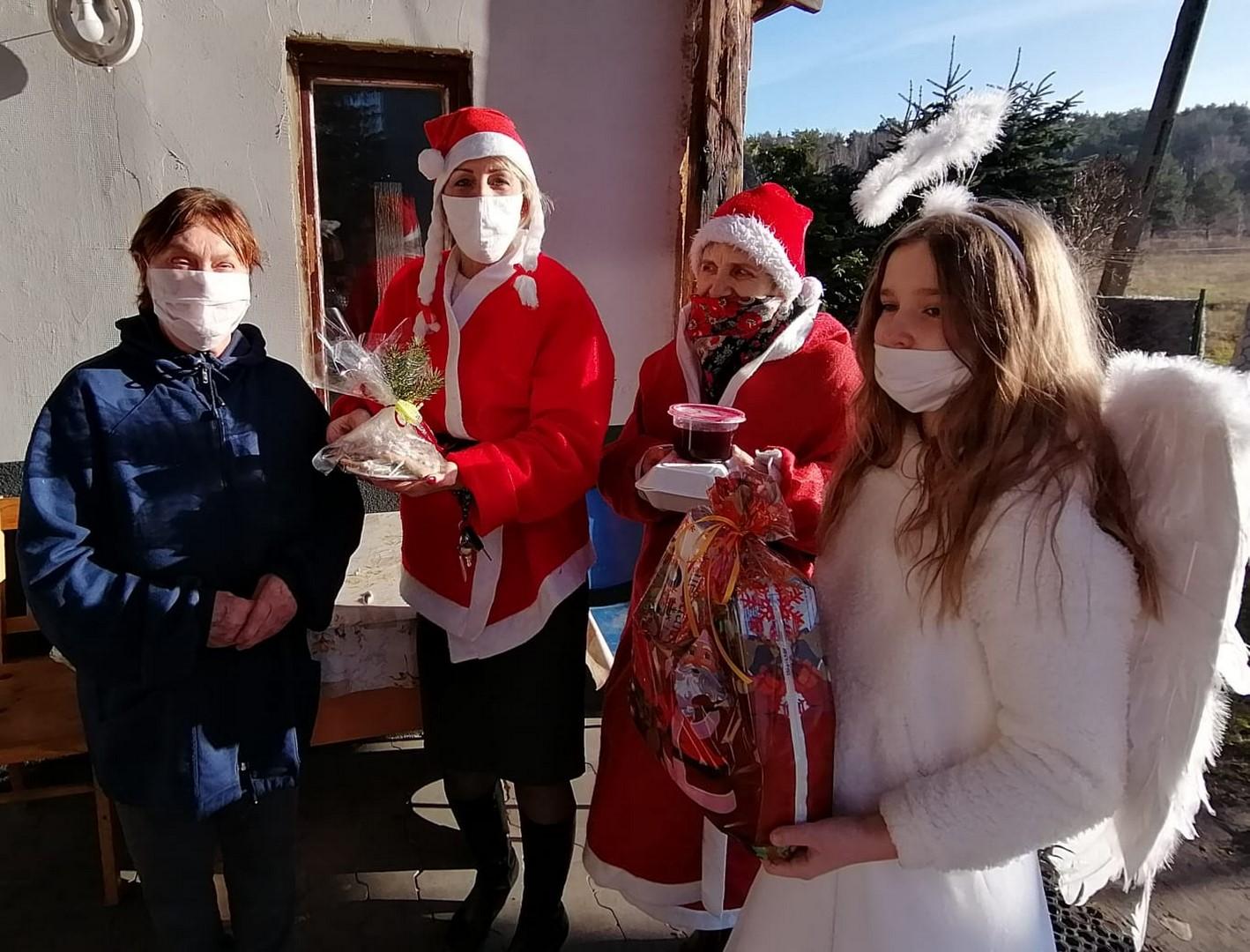 Ilustracja do informacji: Mikołaje znowu u Seniorów
